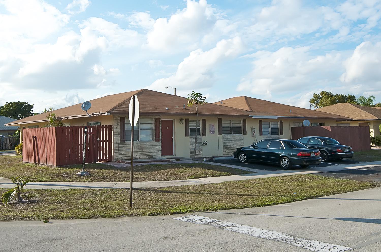 3107 NW 4th Avenue, Pompano Beach, FL 33064 – 4-plex residential home